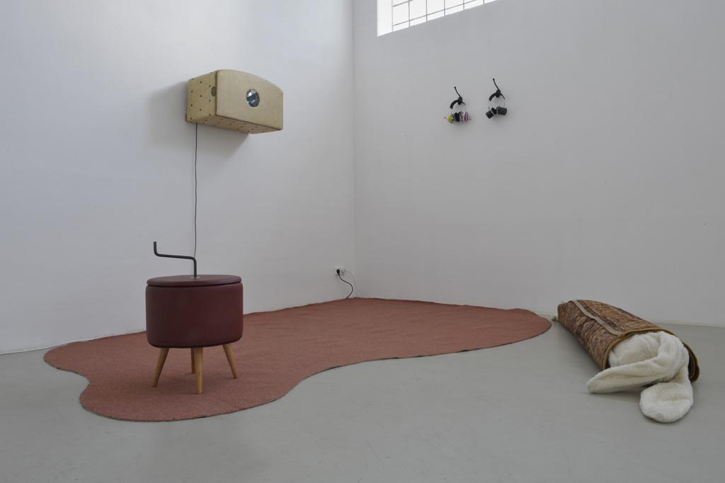 Andrea Hartinger: Guckkasten, 2003 (c) Foto: Marc Doradzillo
